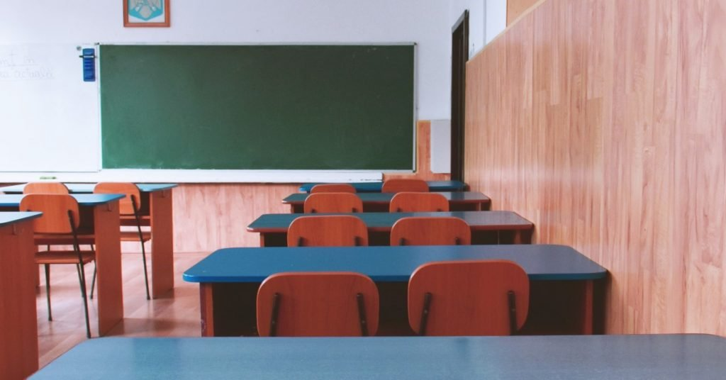 A photo of an empty classroom