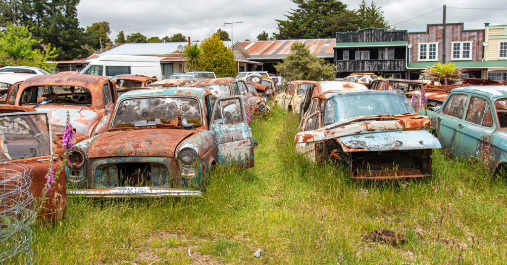 A photo of a scrapyard, illustrating that they will be great places to scavenge after the apocalypse.
